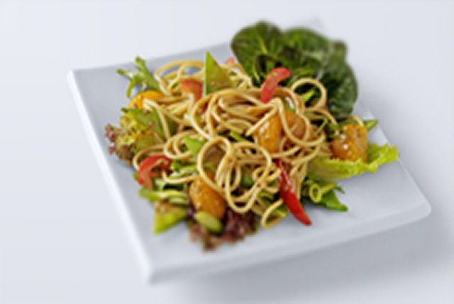 Easy Asian Noodle Salad Image 1