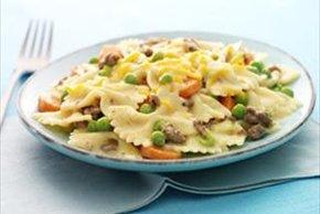 Cheesy Beef & Veggie Pasta
