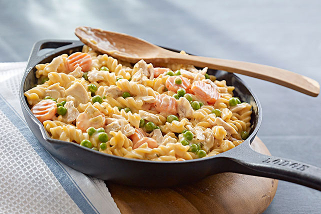 Cheesy Tuna Noodle Skillet