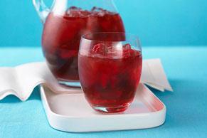 Bebida de frambuesas con hielo