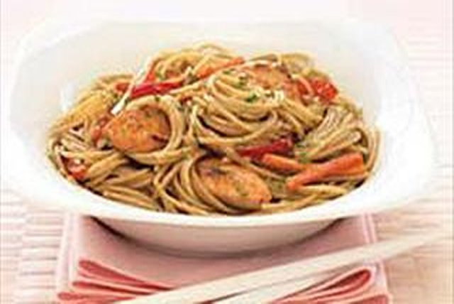 Asian Noodle Salad Image 1