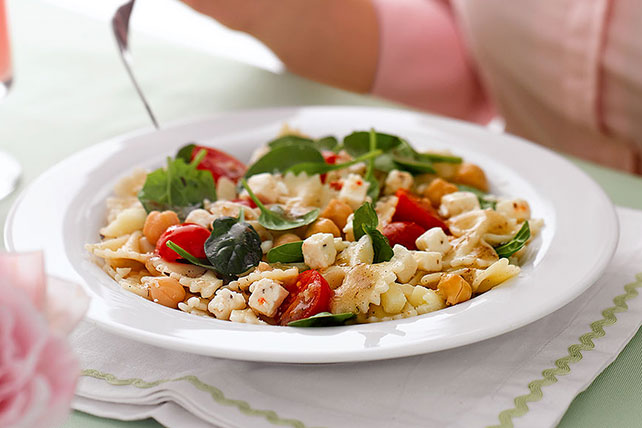 Greek Isles Pasta Salad Image 1