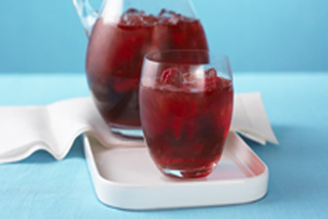 Raspberry Ice Sipper Image 1
