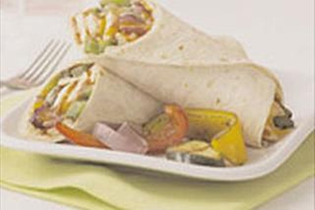 Cheesy BBQ Chicken Wraps Image 1