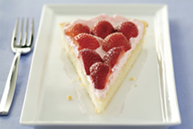 Strawberry Dessert Pizza Image 1