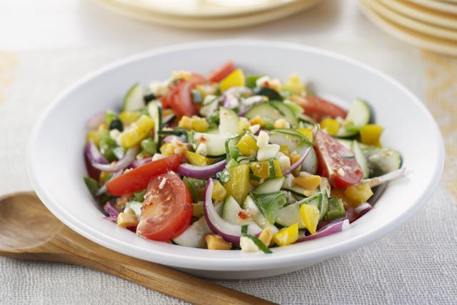 Ensalada mediterránea de vegetales marinados Image 1