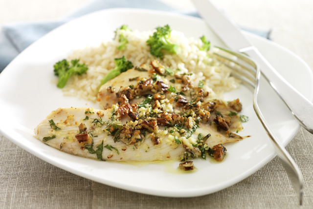 Pecan-Parmesan Fish Fillets Image 1