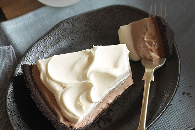 Chocolate Pudding Pie Image 1