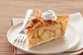 Apple-Pear Crumble Pie Image 1