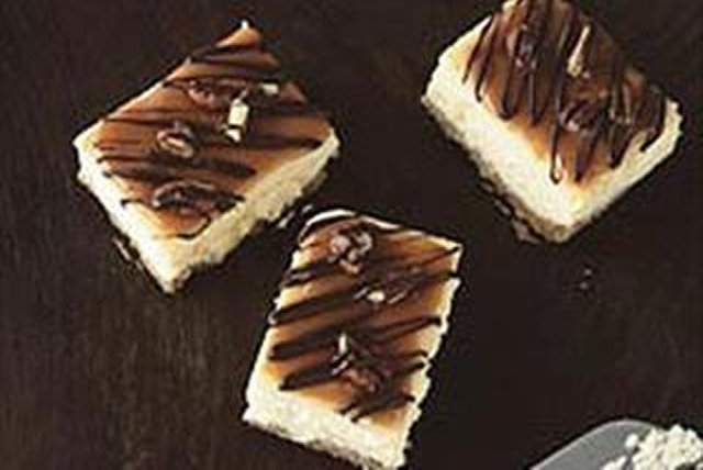 Caramel-Pecan Cheesecake Bars Image 1