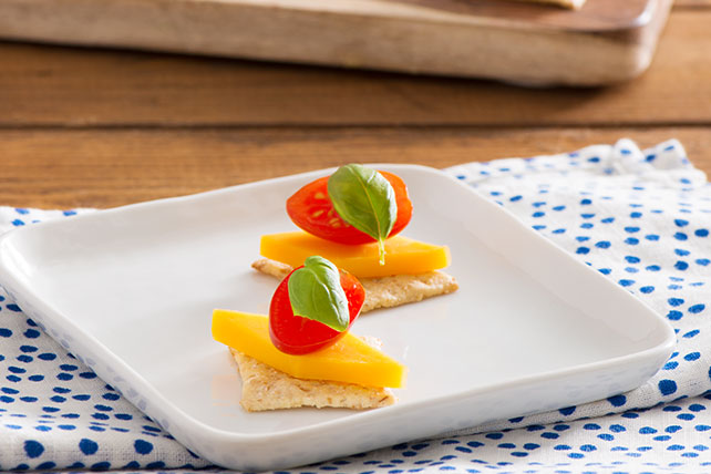 Tomato Cheese Canapés Kraft Recipes - Canapes