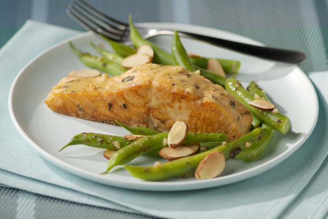 Balsamic Salmon with Green Beans Amandine