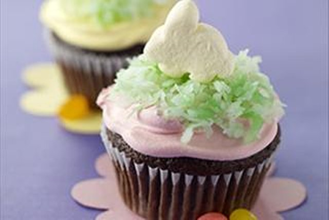 BAKER'S Chocolate Easter Cupcakes