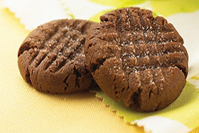 Soft and Chewy Chocolate-Peanut Butter Cookies Image 1