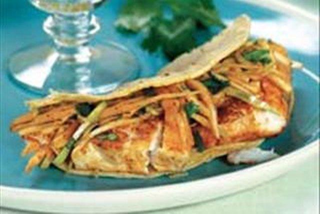 Tacos de pescado estilo Baja California Image 1