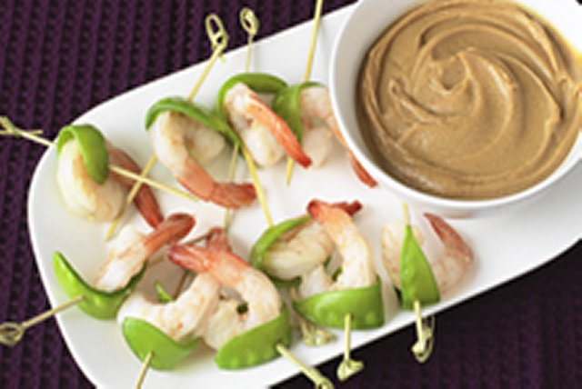 Shrimp and Snow Pea Bites with Peanut Sauce Image 1