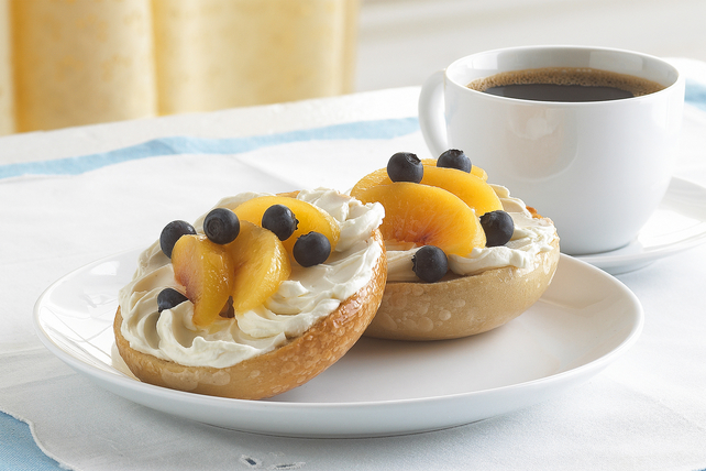 PHILLY Fruity Bagel Image 1
