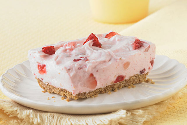 PHILADELPHIA Strawberry Fields No-Bake Cheesecake - Kraft Recipes