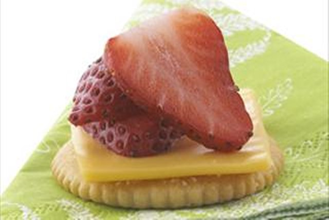 Cheesy Strawberry Bites Image 1