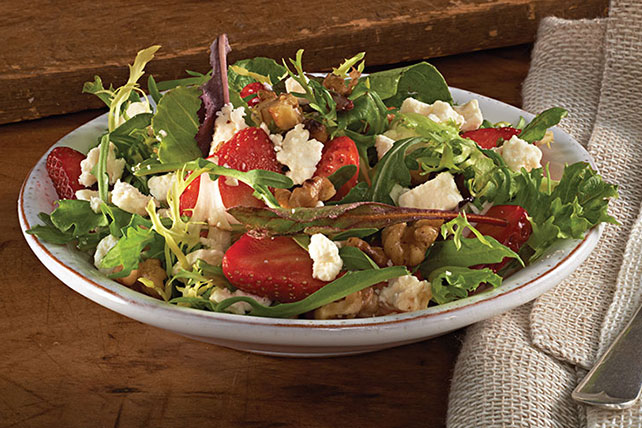 Strawberry-Feta Salad Image 1