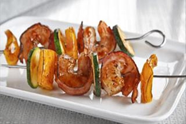 Bacon-Wrapped BBQ-Shrimp Kabobs Image 1