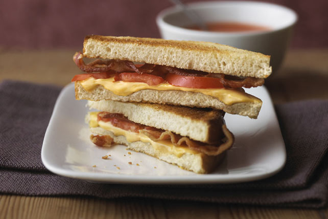 Grilled Cheese with Bacon and Tomato Image 1