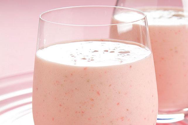 Licuado de yogur, fresa y plátano Image 1