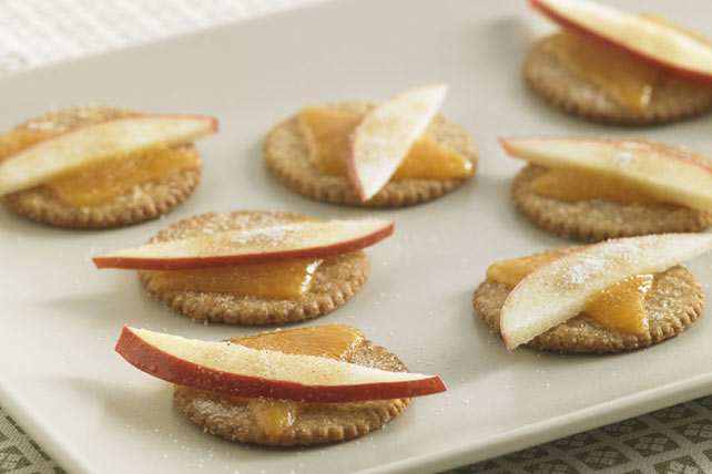 Apple-Cheddar Stackers Image 1