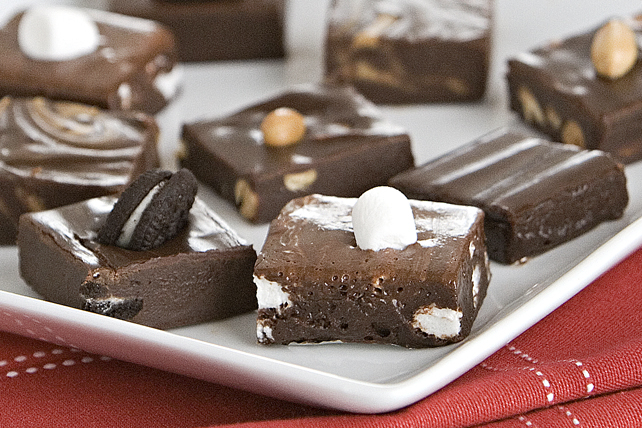 Easy Chocolate Fudge Image 1