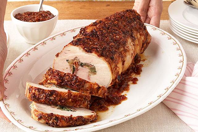 Cerdo relleno con salsa de guajillo Image 1