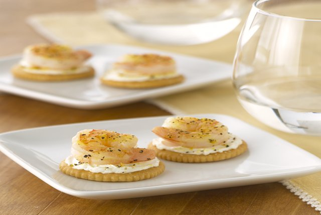 Lemon-Shrimp Crackers