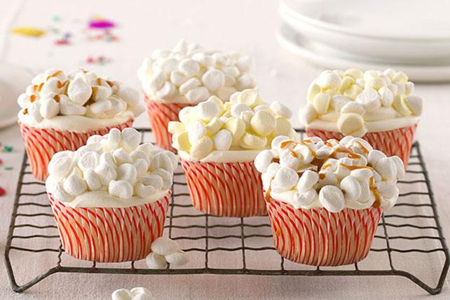 'Popcorn' Cupcakes Image 1