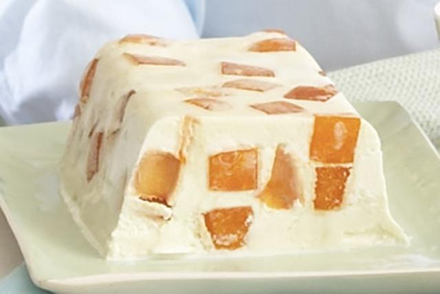 Pastel helado con gelatina de naranja Image 1