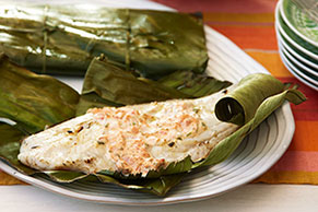 Huachinango con salsa de pimientos asados