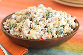Red Pepper and Broccoli Macaroni Salad