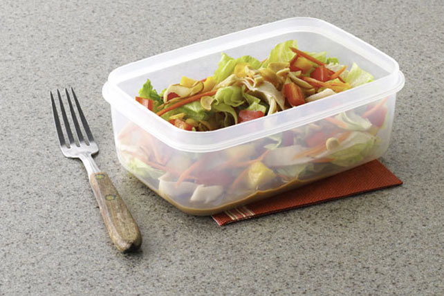 Sesame-Mango Chicken Salad-to-Go Image 1