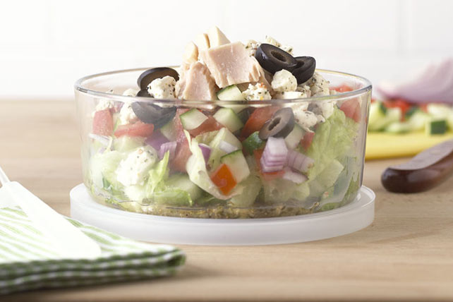 Tuna-Topped Chopped Salad-to-Go Image 1