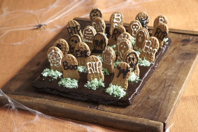 Graveyard Brownies Recipe - Kraft Recipes