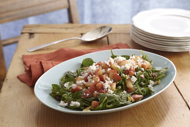 Easy Warm Spinach & Apple Salad Image 1