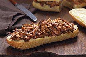 Sándwiches de cerdo a la naranja en olla de cocción lenta