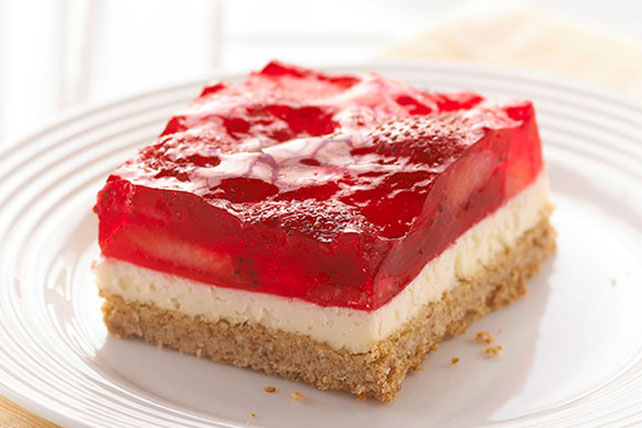 Strawberry-Pretzel Salad Dessert Squares