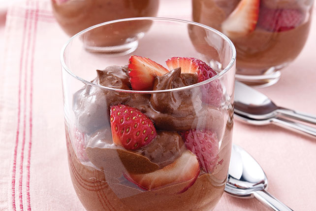 Celestial postre de chocolate y fresas Image 1