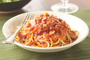 Pasta con tomate y chipotle