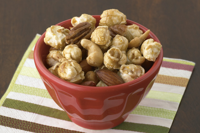 Nutty Caramel Corn Mix Image 1