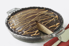 Peanut Butter & Chocolate Glazed Pie