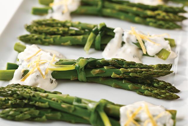Creamy Citrus-Chive Asparagus Image 1