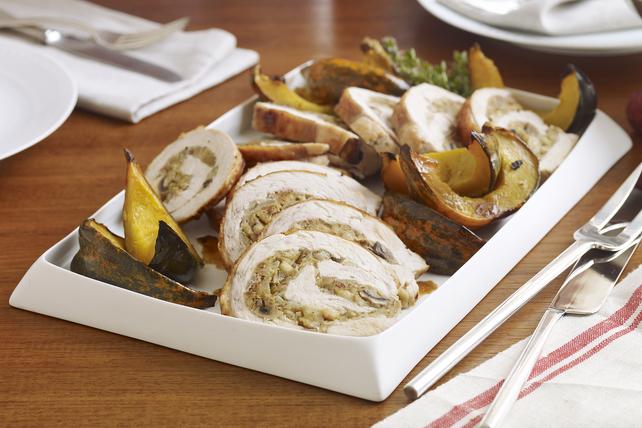 Poitrine de dinde farcie aux champignons et courge poivrée rôtie Image 1
