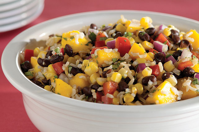 Ensalada de arroz con frijoles negros y mangos Image 1