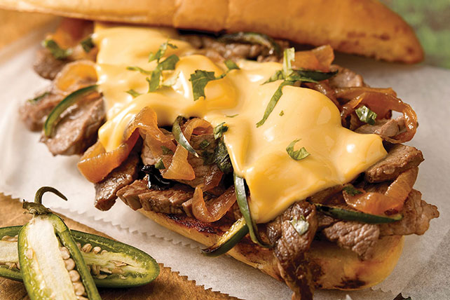Garlic Bread Steak Sandwich Image 1