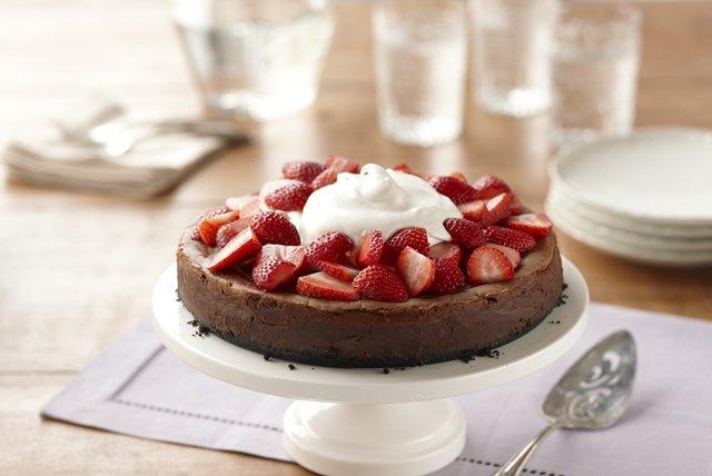Chocolate Amaretto Cheesecake Image 1